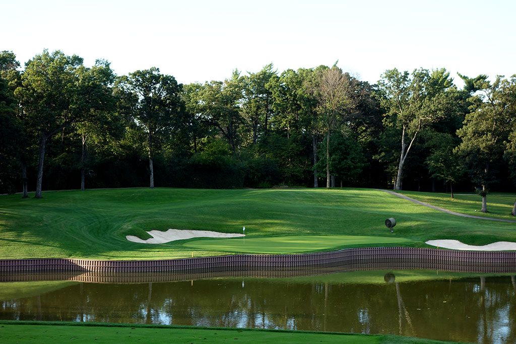 Medinah-(No.-3)-17th-green
